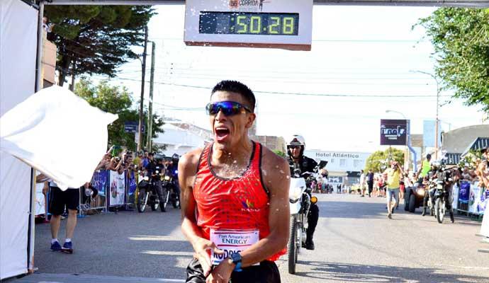 La Corrida Diario Crónica es ganada por David Rodriguez